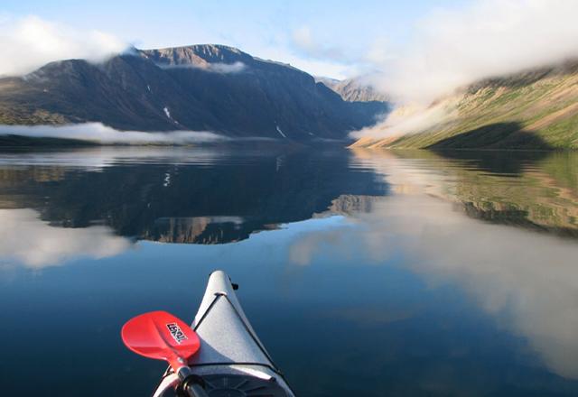Kanu in Kanada während einer Budgte Reise duch Kanada