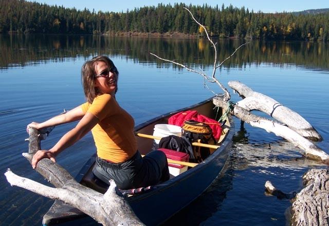 Auf dieser Kanutour sehen Sie die Natur Kanadas vom Kanu aus
