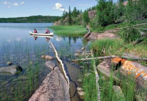 Erleben Sie eine Kanutour im Yukon, Kanada