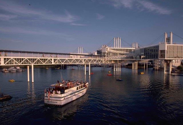 Schiff Ostkanada Busreise