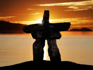 Steinskulptur der Indianer in Westkanada