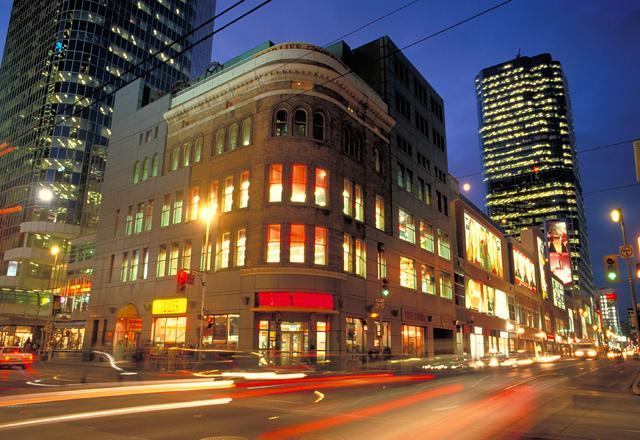Toronto bei Nacht erkunden
