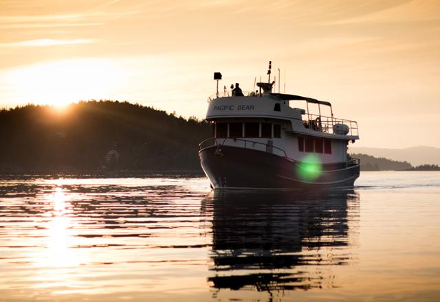 Verbringen Sie mehrere Tage auf dem Boot im Westen Kanadas